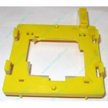 Жёлтый держатель-фиксатор HP 279681-001 для крепления CPU socket 604 к радиатору (Кострома)